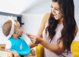 Advantages of Silicone Baby Bibs Over Cloth Bibs